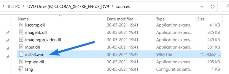 Copy install.wim File in Source Folder